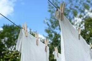 trucos sostenibles lavar ropa